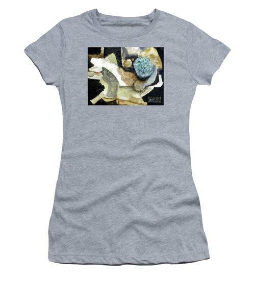 Blue Nest Women's T-Shirt (Athletic Fit)