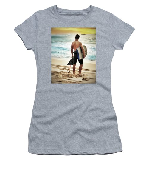 Boggie Boarder At Waimea Bay Women's T-Shirt (Athletic Fit)