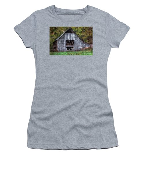 Boxley Valley Barn  Women's T-Shirt