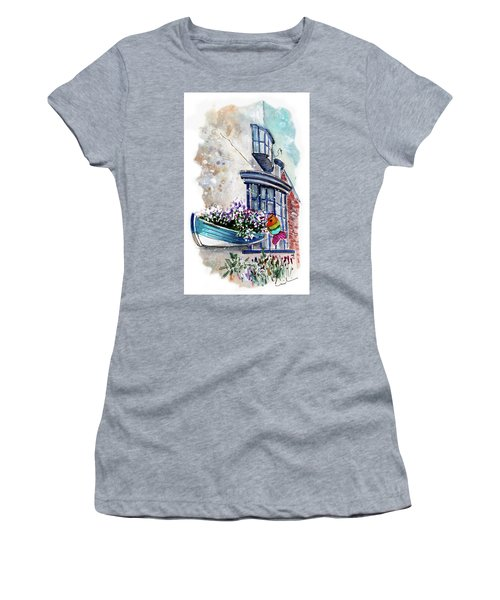 Broadies By The Sea In Staithes Women's T-Shirt