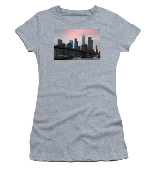 Brooklyn Bridge New York Women's T-Shirt