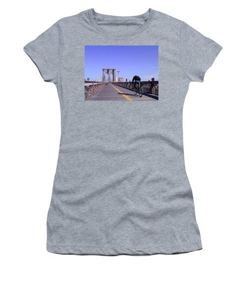 Brooklyn Bridge Bicyclist Women's T-Shirt