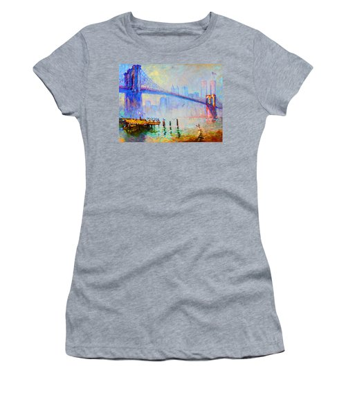 Brooklyn Bridge In A Foggy Morning Women's T-Shirt (Athletic Fit)