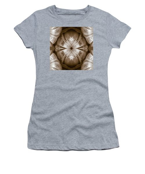 Bundt Pan Design 2 - Women's T-Shirt (Athletic Fit)