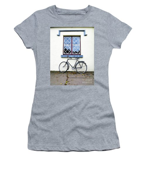 Bunratty Bike Women's T-Shirt (Athletic Fit)