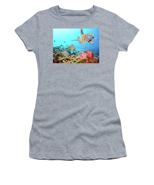 Butterflyfishes And Turtle Women's T-Shirt