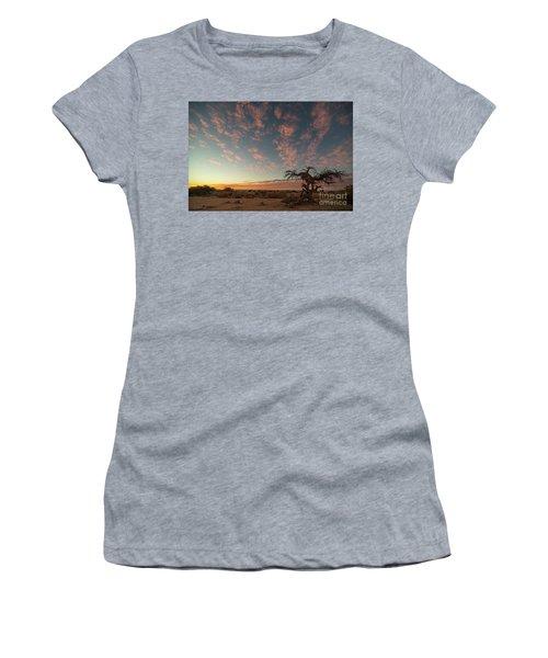 Bye Bye To Sunset Women's T-Shirt