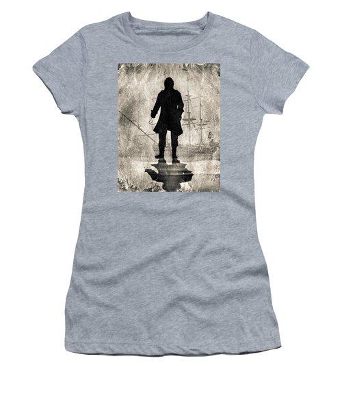 Captain Hook   Women's T-Shirt