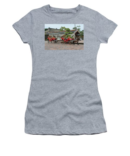 Carriage Rides Women's T-Shirt