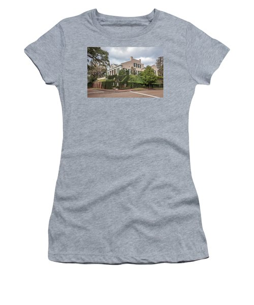 Cherokee House Natchez Ms Women's T-Shirt (Athletic Fit)