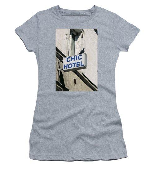 Chic Hotel Women's T-Shirt
