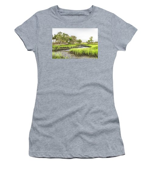 Chisolm Island - Low Tide Women's T-Shirt (Athletic Fit)