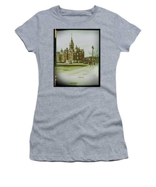City Hall, Stratford Women's T-Shirt
