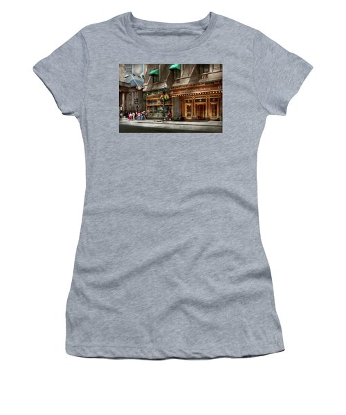 Women's T-Shirt (Athletic Fit) featuring the photograph City - Ma Boston - Meet Me At The Omni Parker Clock by Mike Savad