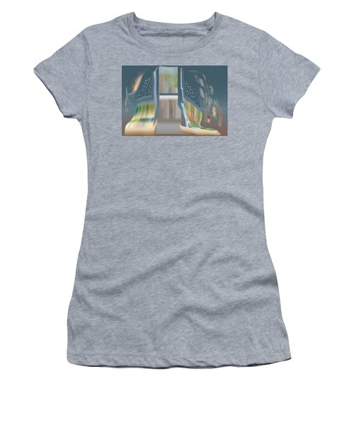 Cloak City Women's T-Shirt