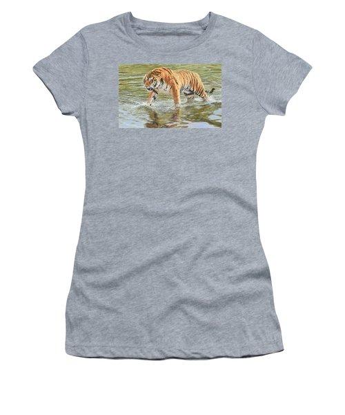 Closing In Women's T-Shirt
