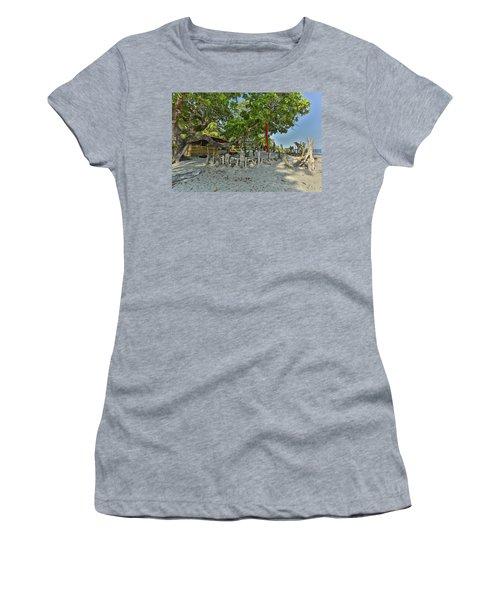 Coats Rica Turtle Hospital Women's T-Shirt
