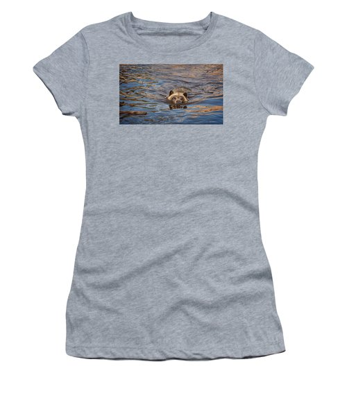 Cooling Off Women's T-Shirt