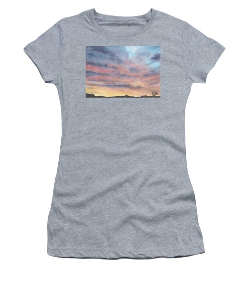 Coyote Sunset Women's T-Shirt (Athletic Fit)