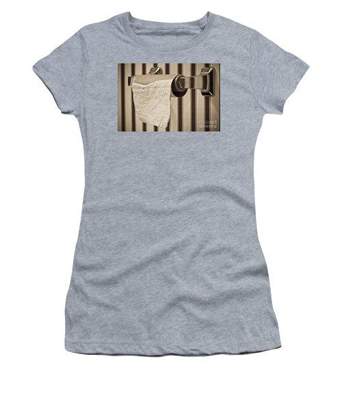 Critical Thinking Women's T-Shirt