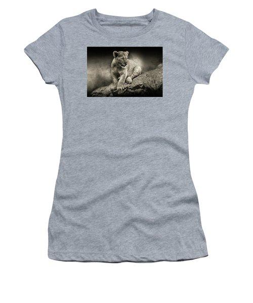 Cub Women's T-Shirt (Athletic Fit)