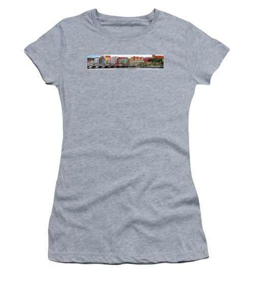 Curacao Willemstad Panorama Women's T-Shirt (Athletic Fit)