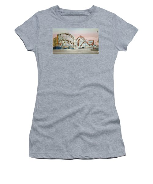 Cyclone Rollercoaster In Coney Island New York Women's T-Shirt