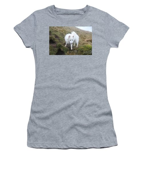 Daisy - Japanees Spits Women's T-Shirt (Junior Cut) by David Grant