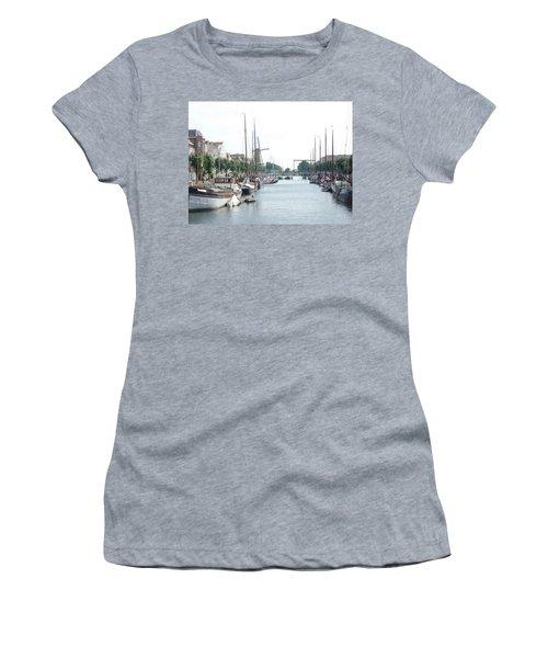 Delfshaven Women's T-Shirt (Athletic Fit)