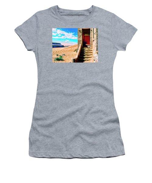 Desert Dreamscape 5 Women's T-Shirt