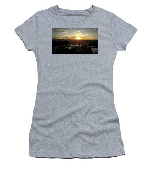 Disney Sunset Women's T-Shirt (Athletic Fit)
