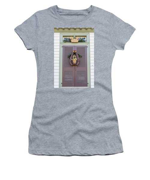 Doors Of Williamsburg 91 Women's T-Shirt (Athletic Fit)