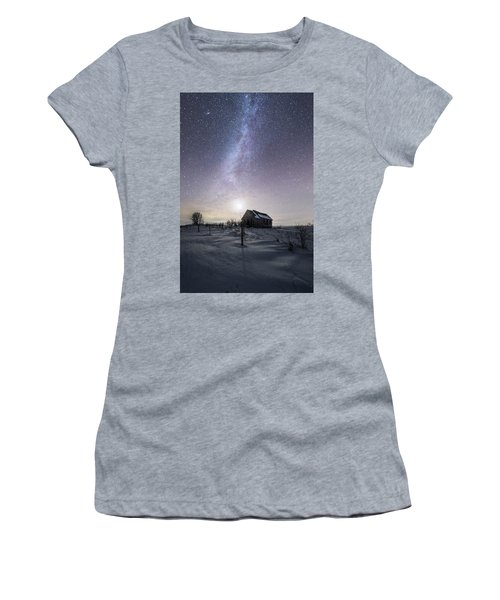 Dormant Women's T-Shirt (Athletic Fit)