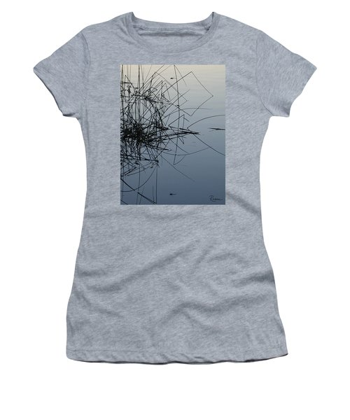 Dragonfly Reflections Women's T-Shirt
