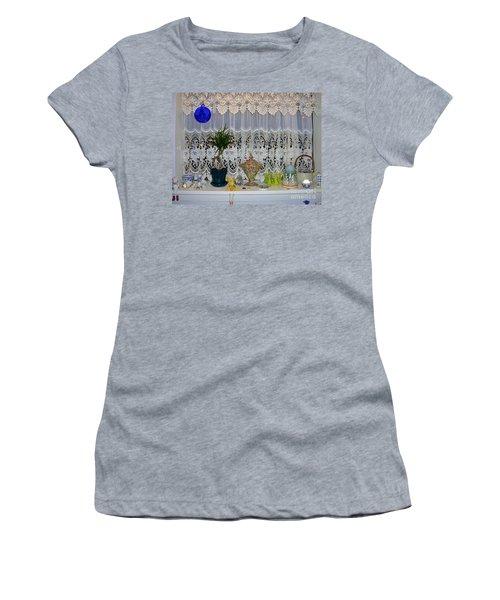 Dutch Lace Women's T-Shirt