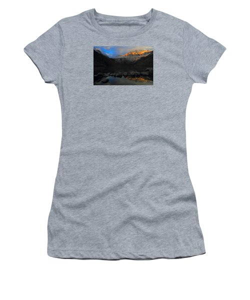 Early Morning Light At Convict Lake In The Eastern Sierras Women's T-Shirt (Junior Cut) by Jetson Nguyen