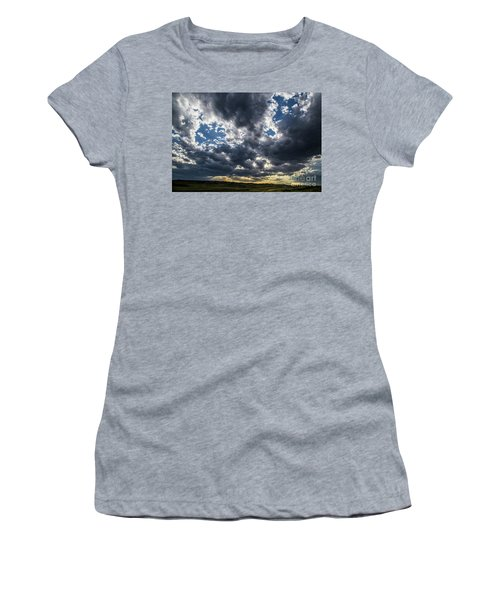 Eastern Montana Sky Women's T-Shirt (Athletic Fit)