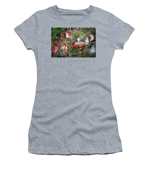 Easy Pickings Robin Women's T-Shirt