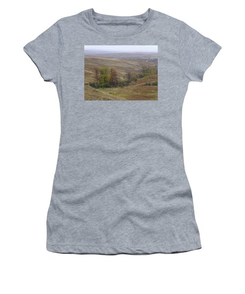 Women's T-Shirt featuring the photograph Enchantment Of The September Grasslands by Cris Fulton
