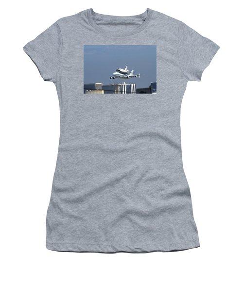 Endeavous Final Flight Lax Women's T-Shirt