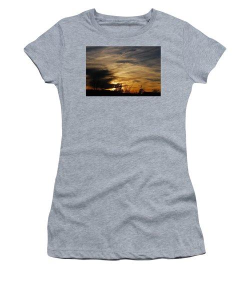 Fantastic Sunet Women's T-Shirt (Athletic Fit)
