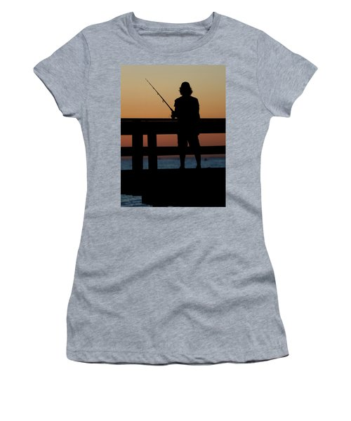 Fisherman Mount Sinai New York Women's T-Shirt (Athletic Fit)