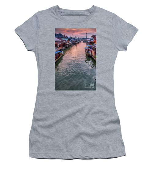 Floating Market Sunset Women's T-Shirt