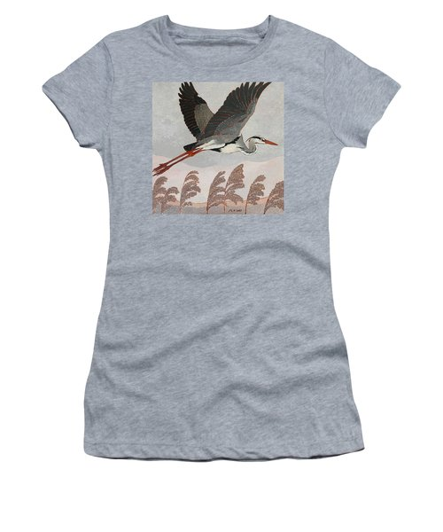 Flying Heron Women's T-Shirt (Athletic Fit)