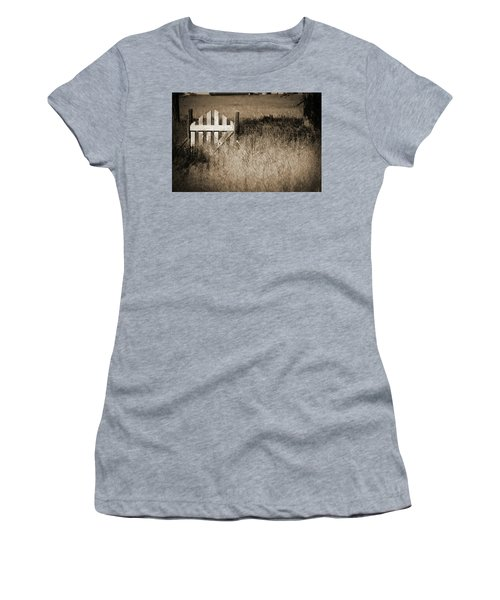 Forgotten Gateway Women's T-Shirt