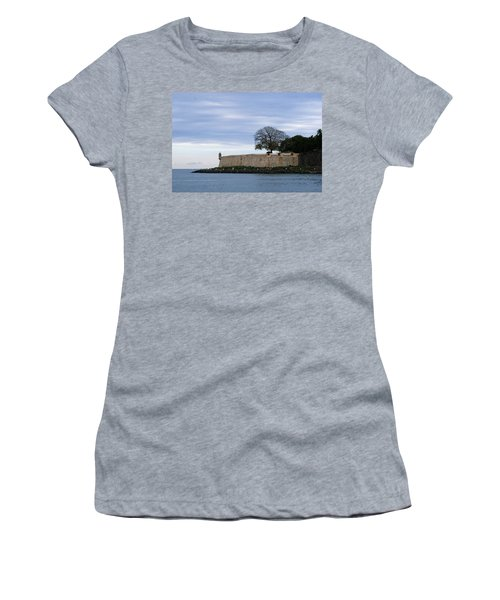 Fortress Wall Women's T-Shirt (Athletic Fit)