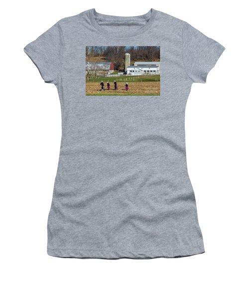 Four Amish Women In Field Women's T-Shirt