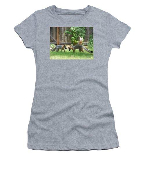 Fox Family Women's T-Shirt