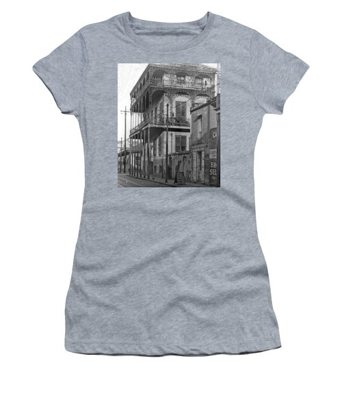 Dauphine St Residence Women's T-Shirt (Athletic Fit)