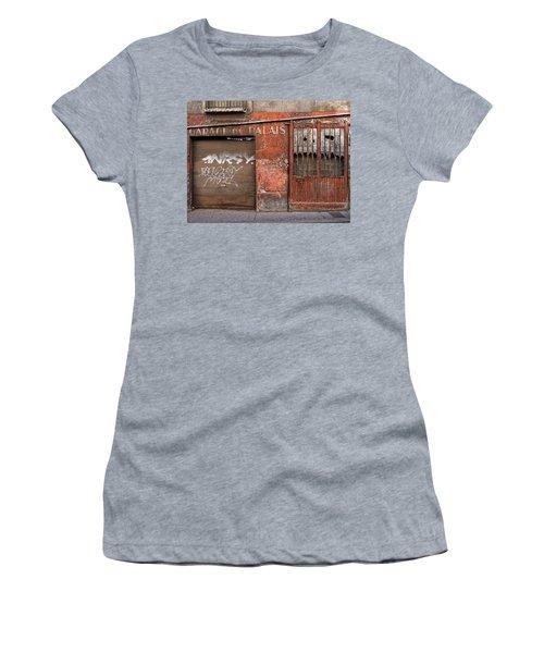 Garage Du Palais Women's T-Shirt